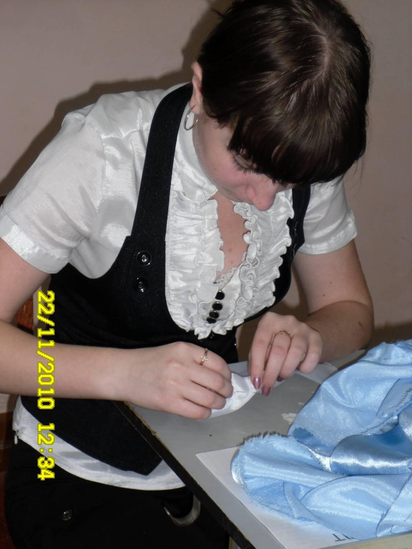 Фото девочка на уроке 8 фотография